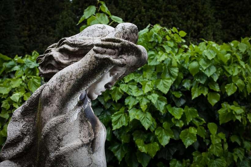 Le statue del cimitero monumentale di Milano